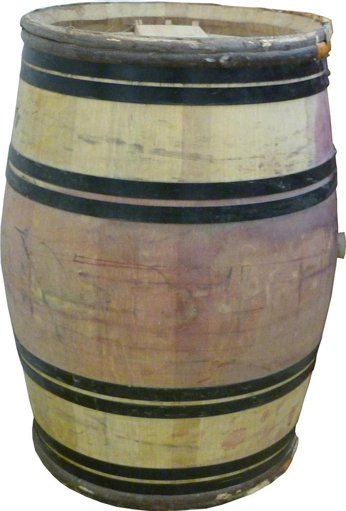 barrique en ch ne cerclage ch taignier d 39 occasion 225 litres tom press. Black Bedroom Furniture Sets. Home Design Ideas