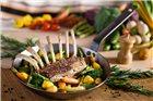 Box SteakLover : poêle 26 cm Mineral B De Buyer moulin à poivre 14 cm et pince inox 24 cm
